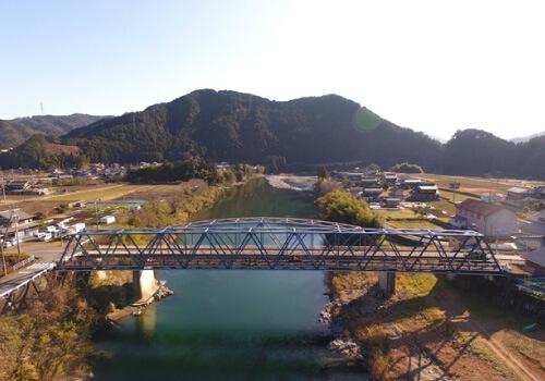 円空街道歩道橋